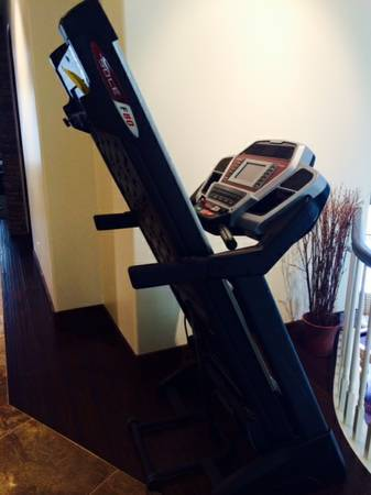 sole f80 treadmill folding I