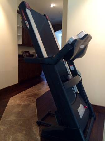 sole f80 treadmill folding II